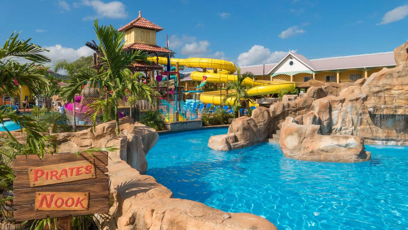 Jewel Lagoon Water Park - Jewel Runaway Bay Beach And Golf Resort